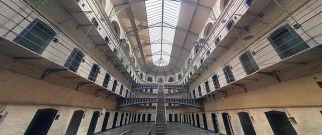 jail-1817900_640