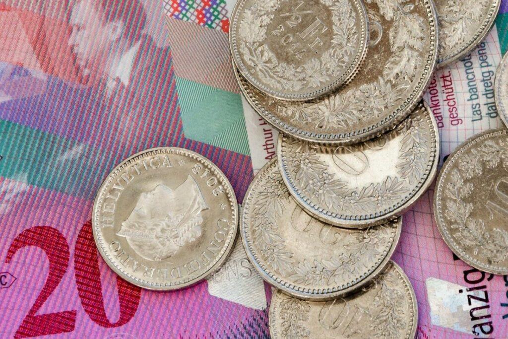 money-1704039_1280